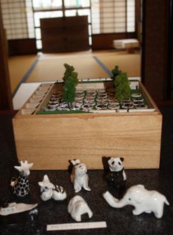 恒例アートイベント「春山登山」、蔵織での作品_d0178448_9384029.jpg