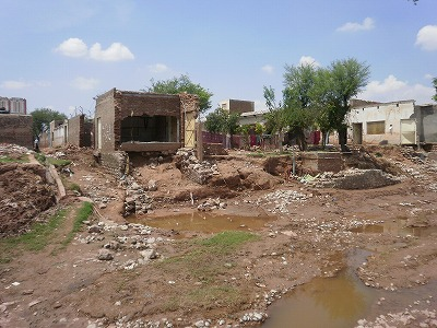 【JEN通信】パキスタンの大洪水_e0105047_17123042.jpg
