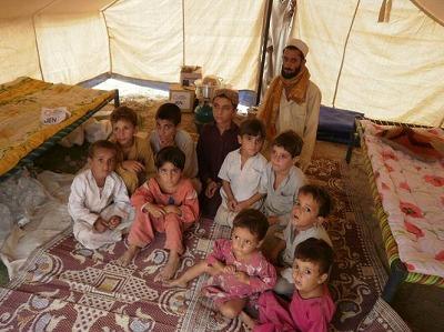 【JEN通信】パキスタンの大洪水_e0105047_17163148.jpg