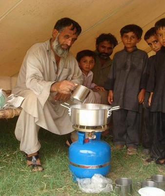 【JEN通信】パキスタンの大洪水_e0105047_17361483.jpg