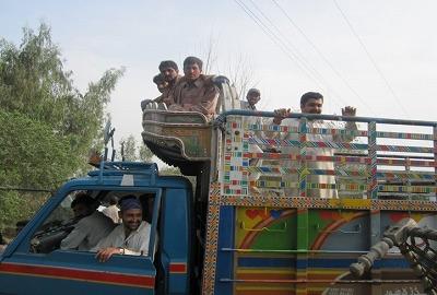 【JEN通信】パキスタンの大洪水_e0105047_17381555.jpg