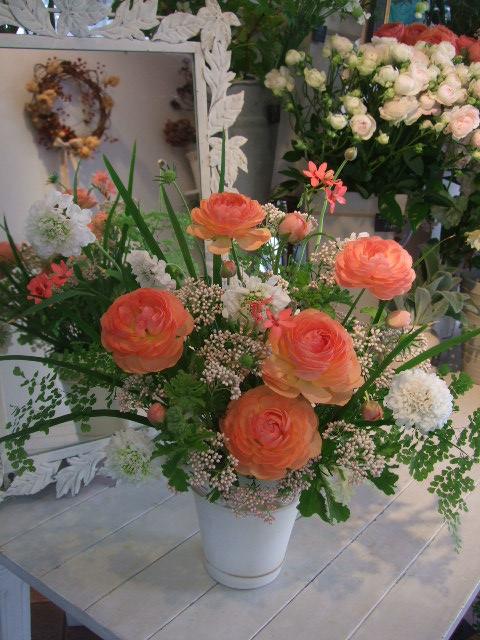オークリーフ花の教室(加田さんの作品)_f0049672_1712268.jpg