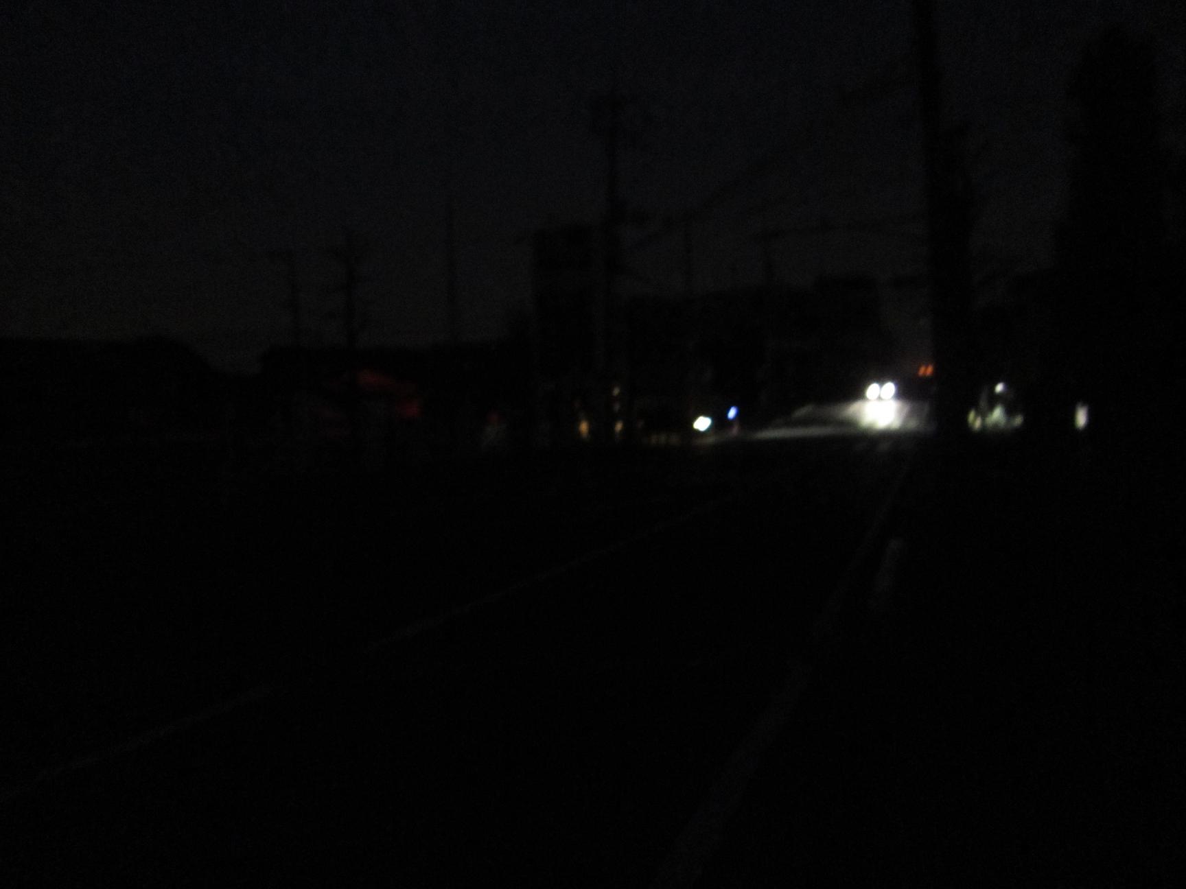 計画停電初日 バゥ_d0084229_2322427.jpg