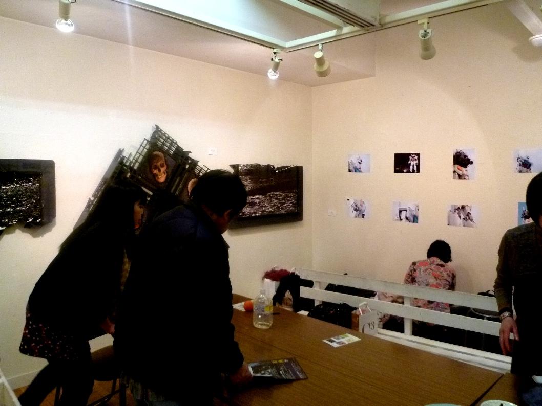 1493) 「PHOTO PRISON・3B+2O (5名の写真展)」・たぴお  4月11日(月)~4月23日(土)_f0126829_19492642.jpg