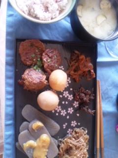 ごはん、和食肉団子_e0114246_042815.jpg