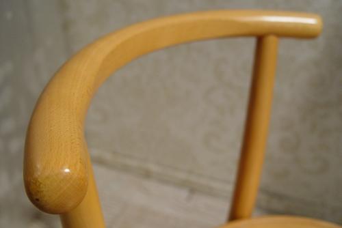 チェコスロバキア製・木のイスと、折りたたみできる棚 入荷!_a0096367_19292656.jpg
