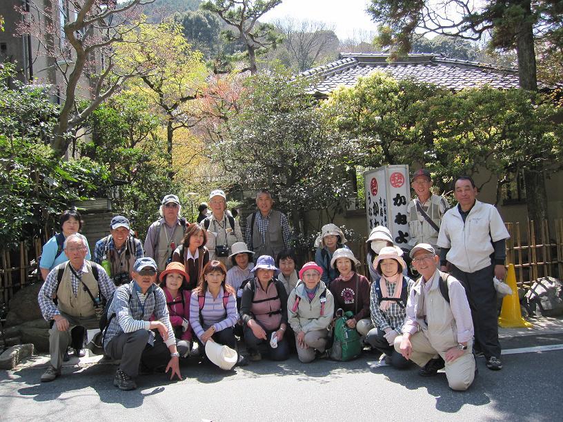 2011年4月13日中山道を歩く会の皆さん_c0078659_18121941.jpg