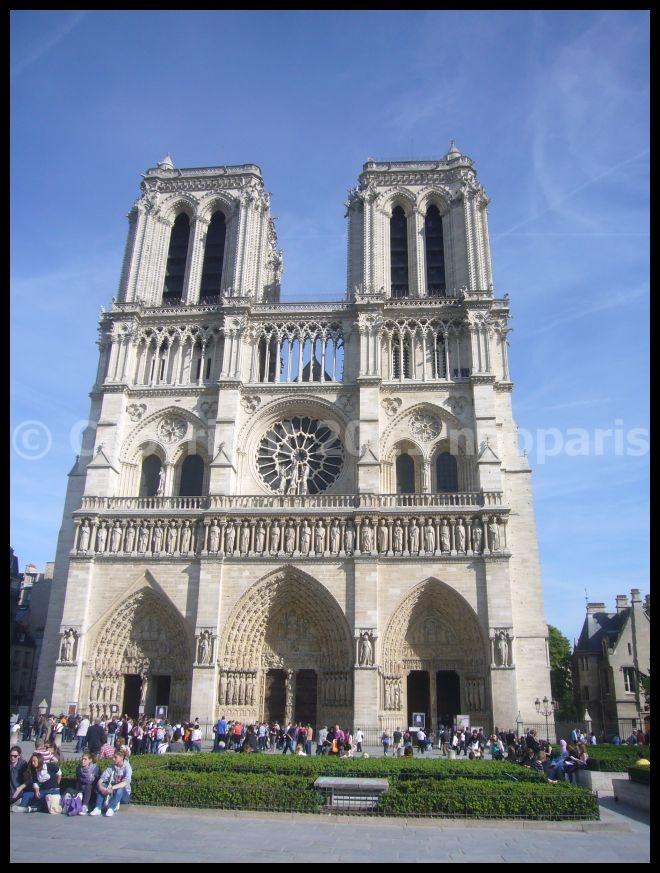 【サクラ】4月6日ノートルダム界隈(PARIS)_a0008105_19485619.jpg