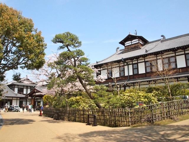 奈良ホテルに泊まり町を歩く_b0166144_757581.jpg