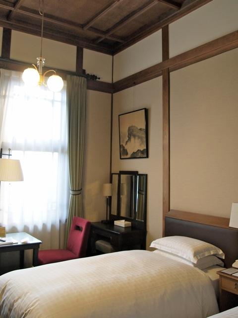 奈良ホテルに泊まり町を歩く_b0166144_7581151.jpg