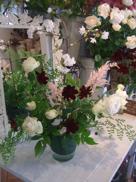 オークリーフ花の教室(春の花木を使って)_f0049672_16485210.jpg