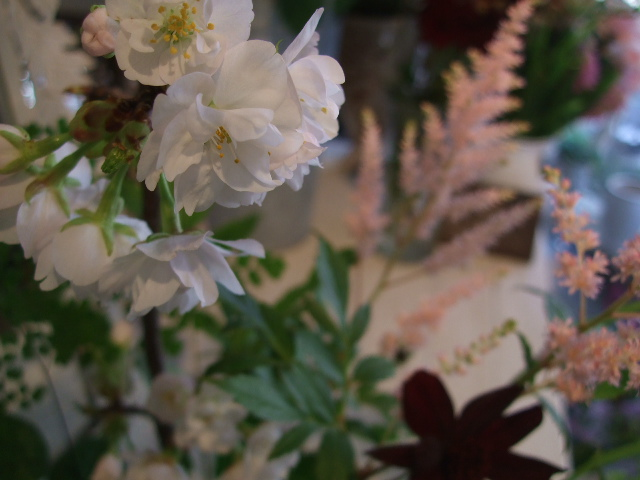 オークリーフ花の教室(春の花木を使って)_f0049672_18112187.jpg