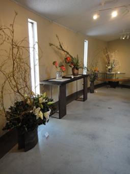 花と花器の展示会_e0109554_10463139.jpg