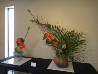 花と花器の展示会_e0109554_10475137.jpg