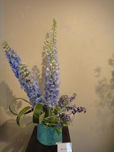 花と花器の展示会_e0109554_10484315.jpg