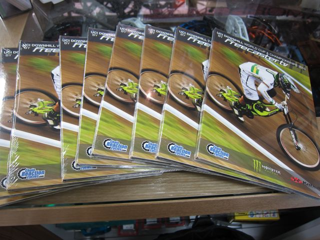 UCI WORLD CUP & CHAMPIONSHIP 2010 DVD_e0069415_1740850.jpg