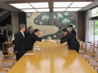 4月15日 知事に対して緊急要望を実施(東日本大震災関連) 公式ブログ_d0225737_16511585.jpg