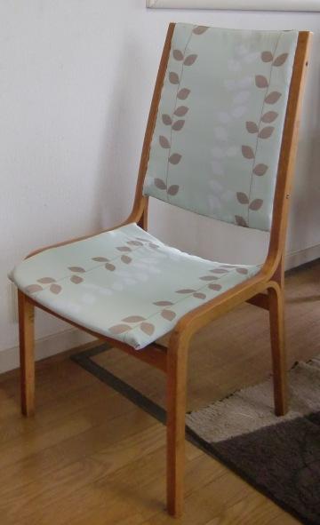 椅子の張り替え_d0018424_16592634.jpg