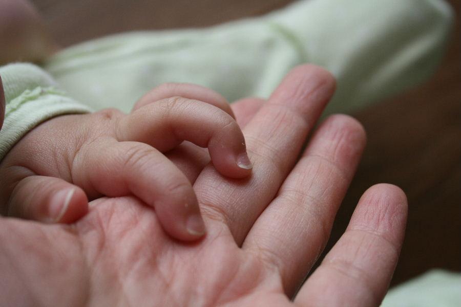 このごろの赤ん坊、10ヶ月_f0082141_4281040.jpg