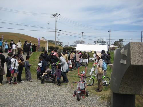れんげ祭り無事終了_f0079749_22373468.jpg