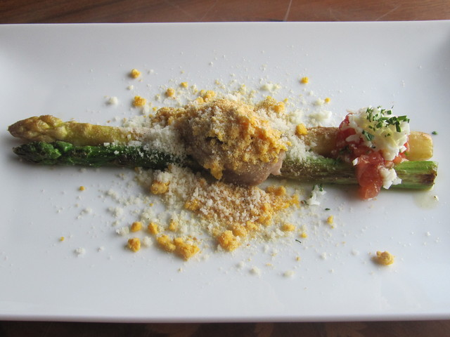 4月の料理「ウサギのペピトリア」_d0177560_14523638.jpg
