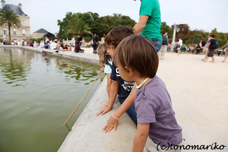 公園のアナログ船あそび♪_c0024345_22322345.jpg