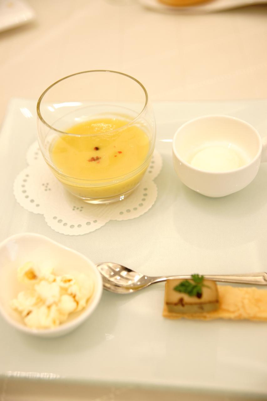 披露宴の料理は美しく、難しい_c0196354_12331295.jpg