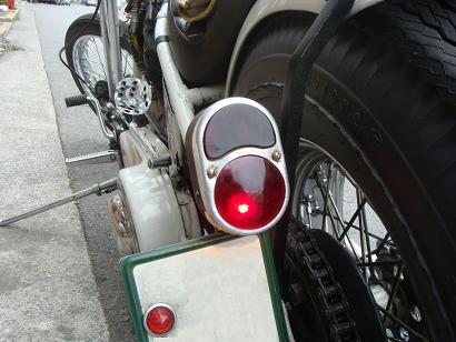 Tail Light_c0153300_19564055.jpg