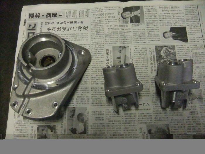 エンジンパーツを黒リンクル塗装!!_c0226202_2150114.jpg