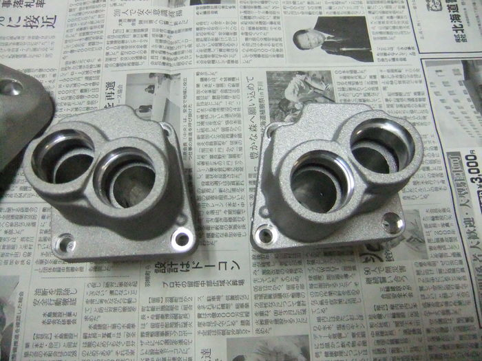 エンジンパーツを黒リンクル塗装!!_c0226202_21503687.jpg