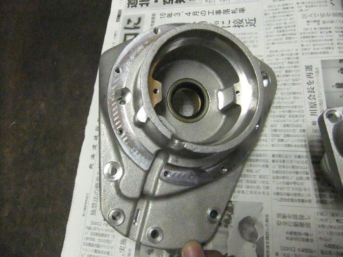 エンジンパーツを黒リンクル塗装!!_c0226202_21512550.jpg
