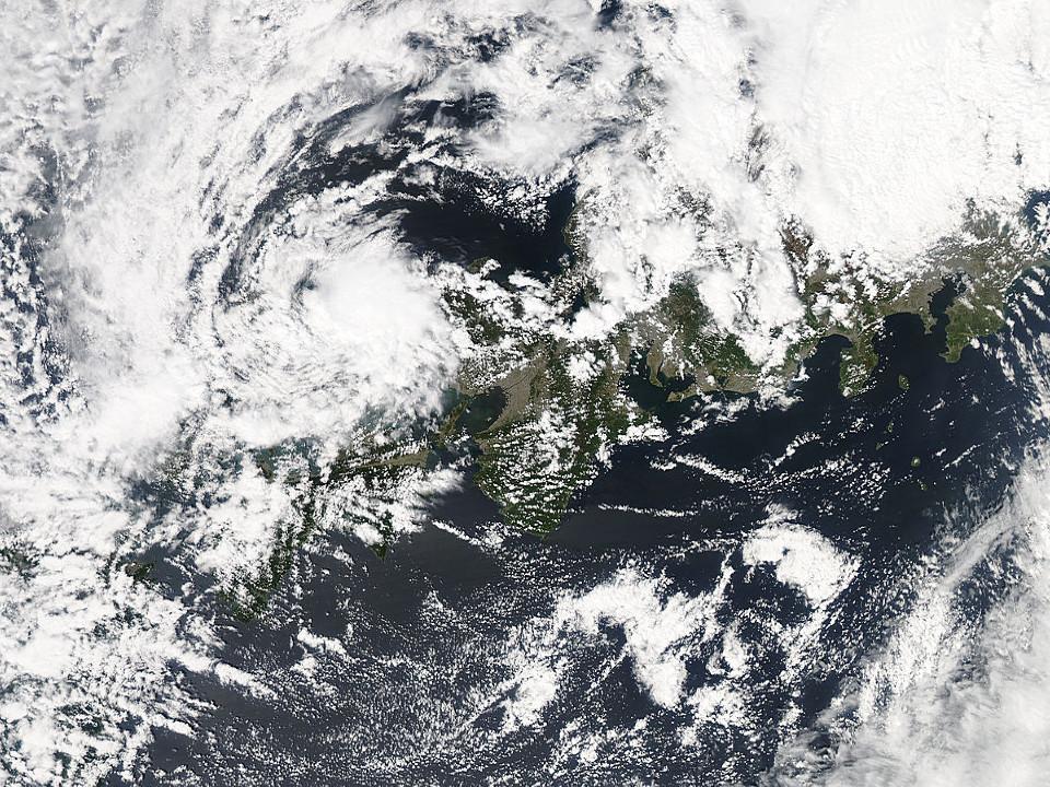 和歌山沖の海の「直立虹」:いよいよこっちの番ですか?_e0171614_18592651.jpg