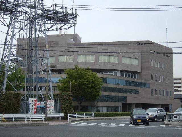 坂町役場_b0095061_23173057.jpg