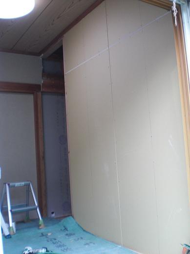 室内改装 ~ 断熱材を敷きこんでからのフローリング張りです。_d0165368_945386.jpg