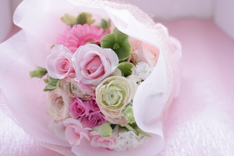 ギフトの花束 ふわりとピンクで_f0213974_9532952.jpg