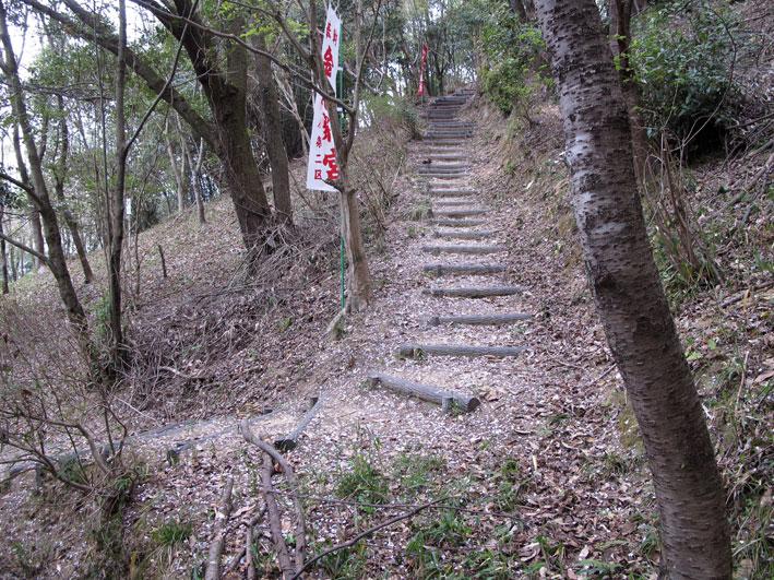 金比羅山に登ろう_b0145296_6345868.jpg