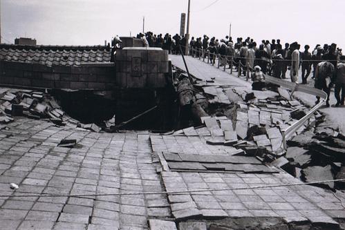 東日本大震災の47年前の新潟地震(1964年)その②_d0178825_1063779.jpg
