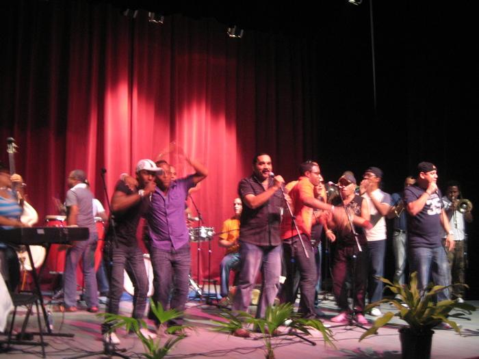 5/14〜始まるキューバの巨大音楽祭《マタモロソン》_a0103940_18482339.jpg