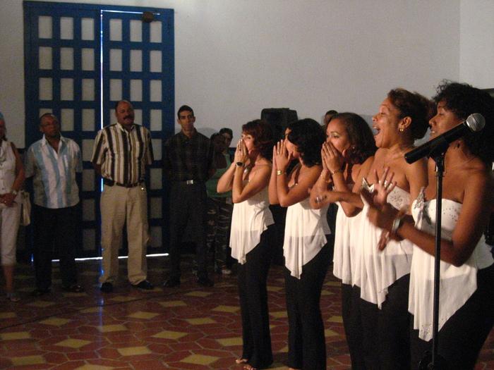 5/14〜始まるキューバの巨大音楽祭《マタモロソン》_a0103940_1850874.jpg
