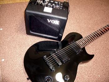 人参の代わりにギターをぶら下げたら。_c0108174_23152420.jpg