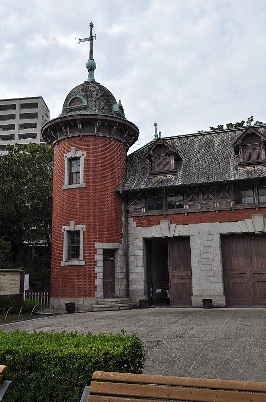 神戸の旧小寺家厩舎_c0112559_13285735.jpg
