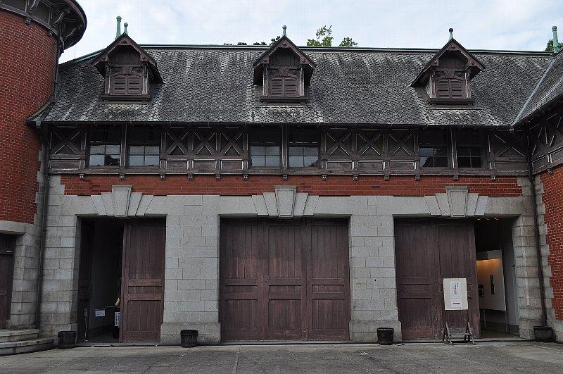 神戸の旧小寺家厩舎_c0112559_132915.jpg