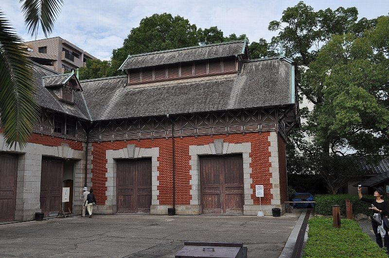 神戸の旧小寺家厩舎_c0112559_1338122.jpg