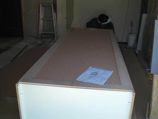 室内改装 ~ オシャレな収納家具を取り付け。_d0165368_8195634.jpg