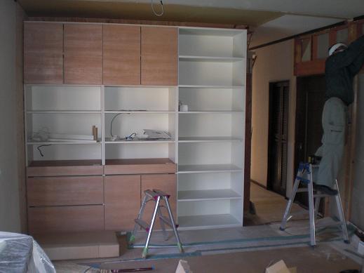 室内改装 ~ オシャレな収納家具を取り付け。_d0165368_820387.jpg