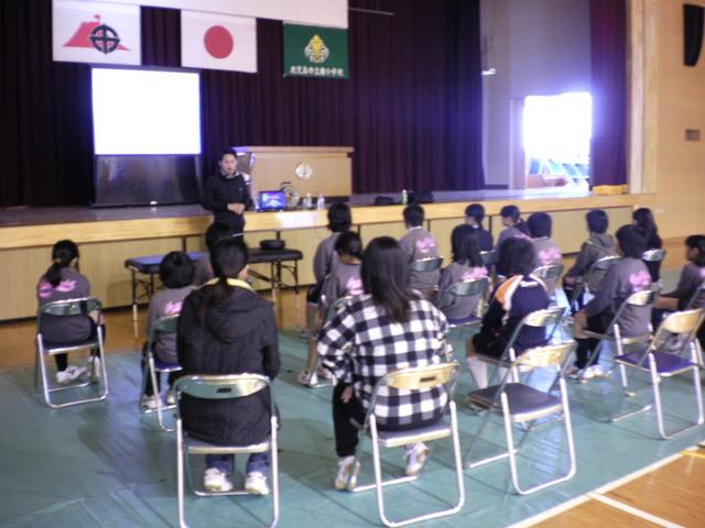 小学校へ潜入_a0079474_1441914.jpg