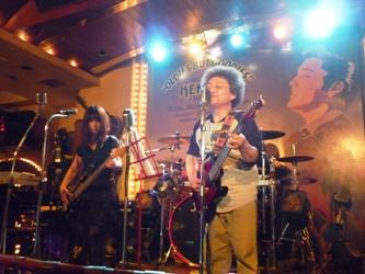 博多ケントスでのライブが終わりました。_e0188087_22224544.jpg