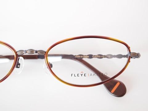 FLEYE by AKITTO 「ell」_c0172603_131753.jpg