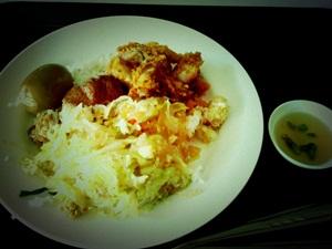 タイのアパートにキッチンがない理由・・_e0182138_22573325.jpg
