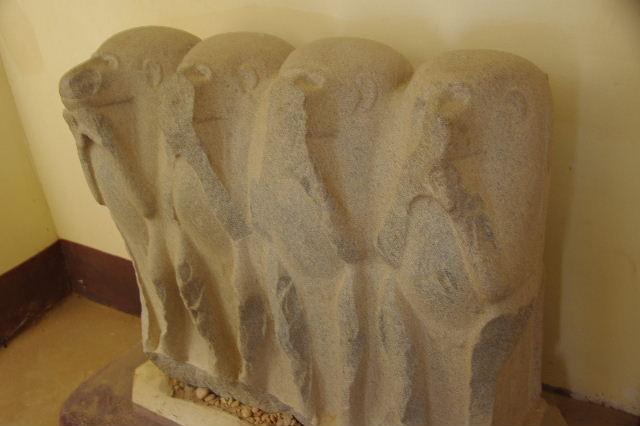 ジェベル・バルカル (2) ジェベル・バルカルの博物館_c0011649_043533.jpg